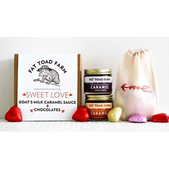 <i>Sweet Love</i> Caramel & Chocolate Gift Box